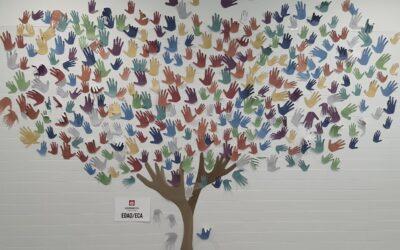 Particulares árboles de la Vida: acción de ánimo y apoyo para niños y niñas que padecen cáncer